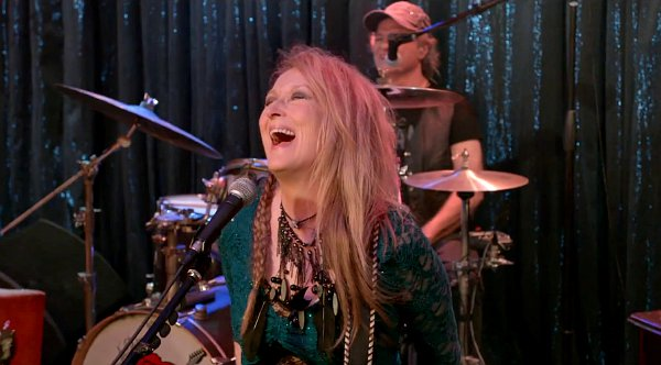 meryl-streep-is-guitar-heroine-in-ricki-and-the-flash-first-official-trailer