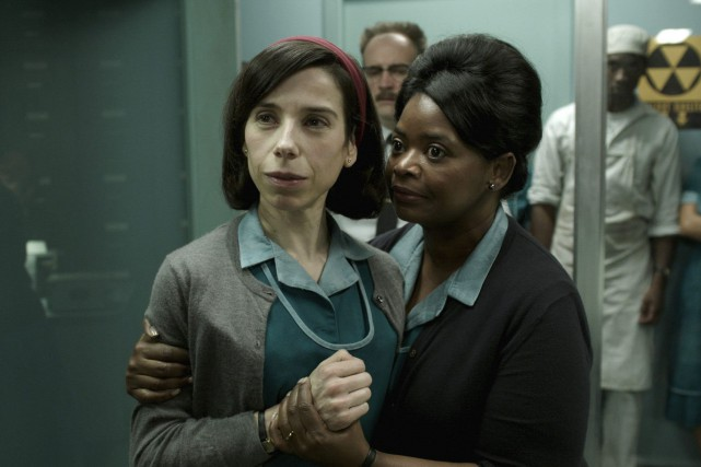1496705-sally-hawkins-octavia-spencer-scene